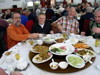 warum essen chinesen mit stäbchen